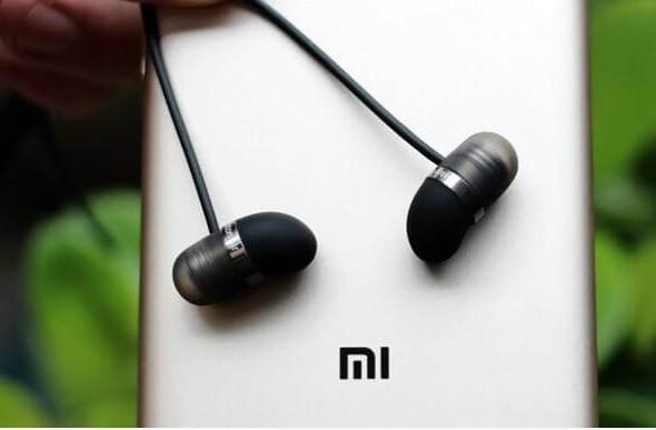 3 cách giúp bạn chọn tai nghe tốt giá mềm