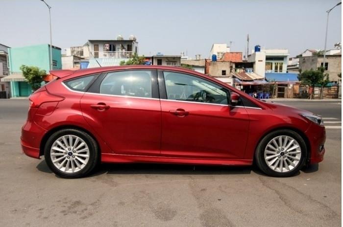So sánh sự khác nhau của Ford Focus phiên bản sedan và Ford Focus phiên bản hatchback(2)