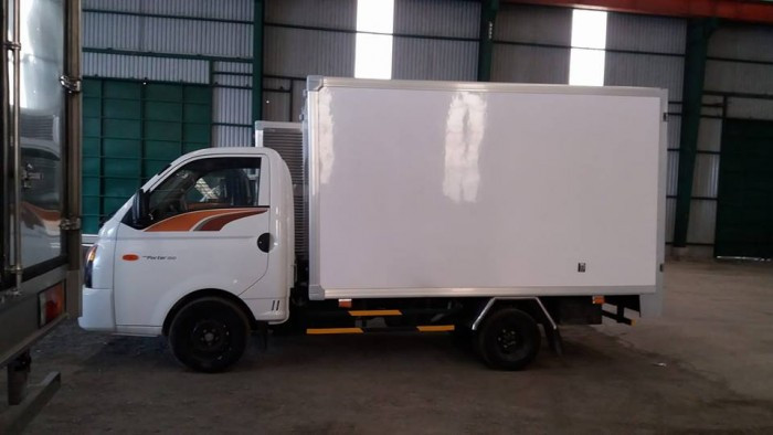 Đánh giá xe tải Hyundai H150(1)