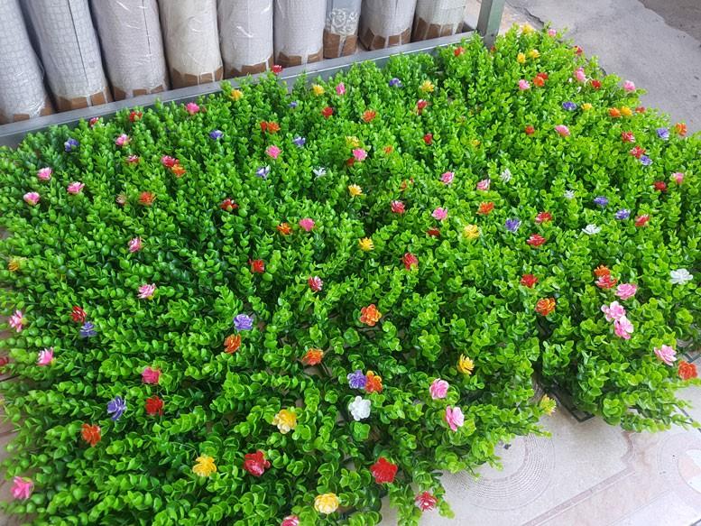 Tại sao nên chọn cỏ nhựa trang trí tường?(2)