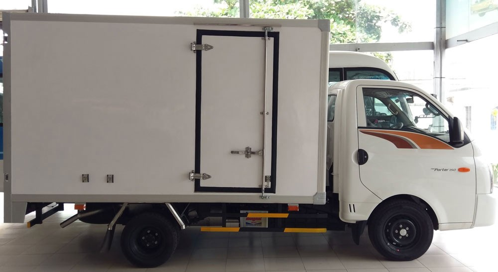 Đánh giá chi tiết New Porter 150 thùng composite do Hyundai Thành Công phân phối