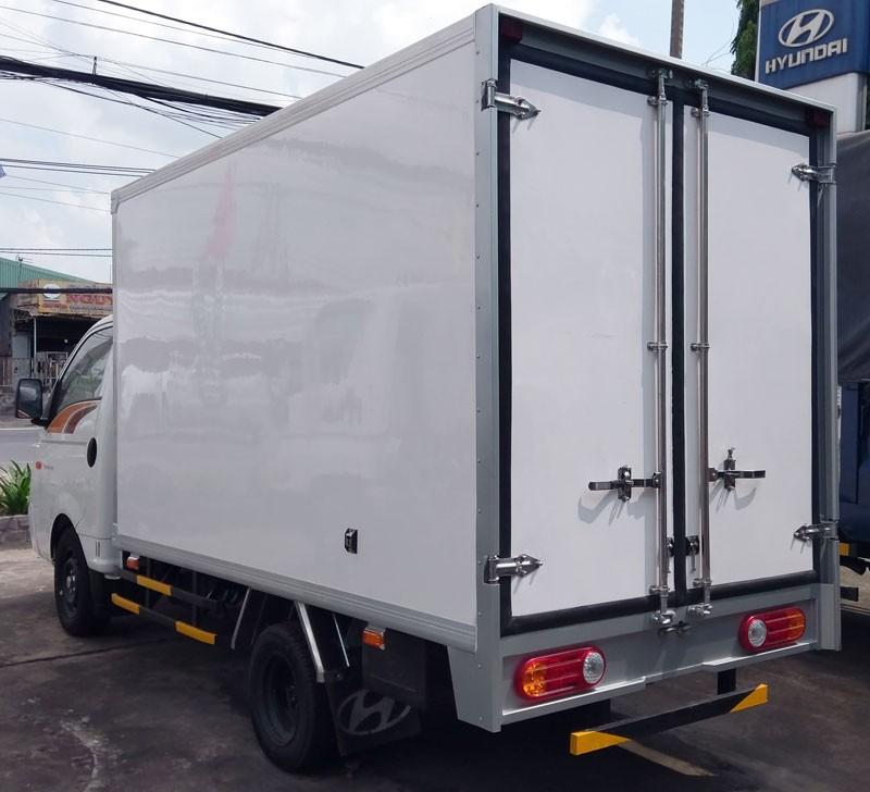Đánh giá chi tiết New Porter 150 thùng composite do Hyundai Thành Công phân phối(1)