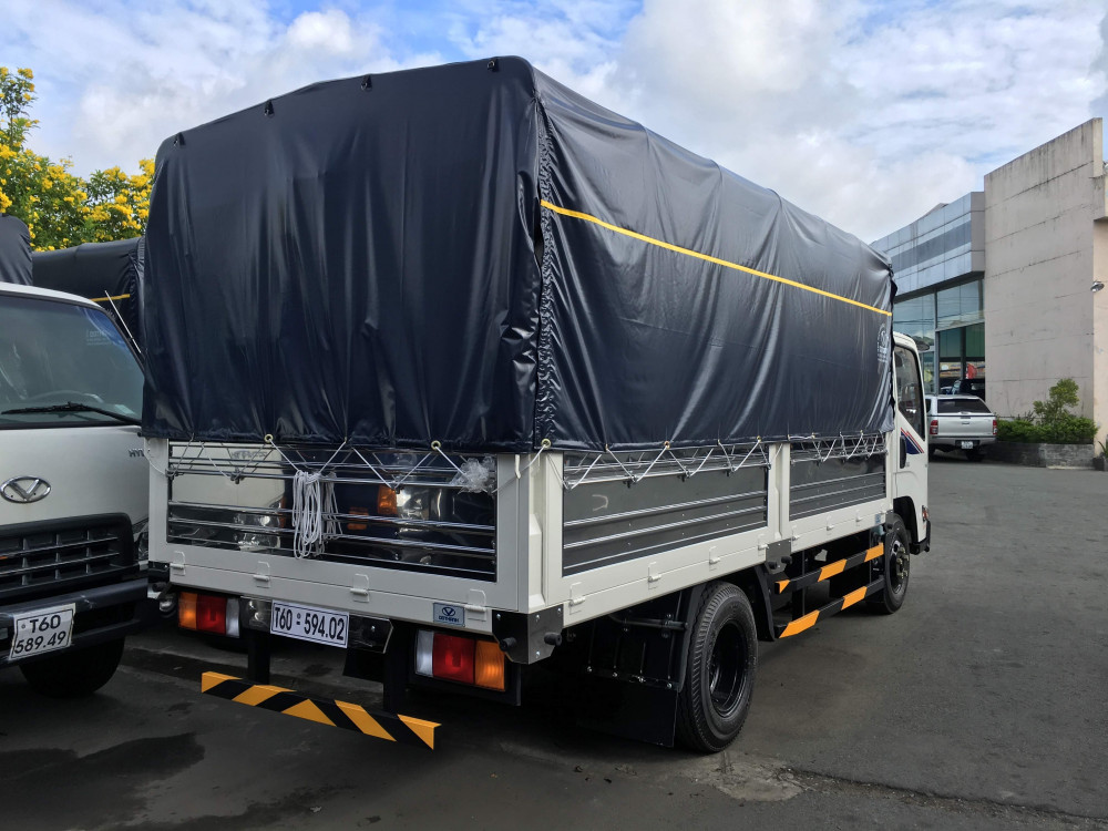 Hình ảnh xe tải Dothanh IZ65 Gold thùng mui bạt