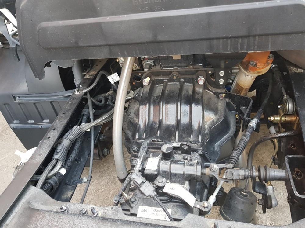 Động cơ, cầu, hộp số của xe tải Hyundai HD800