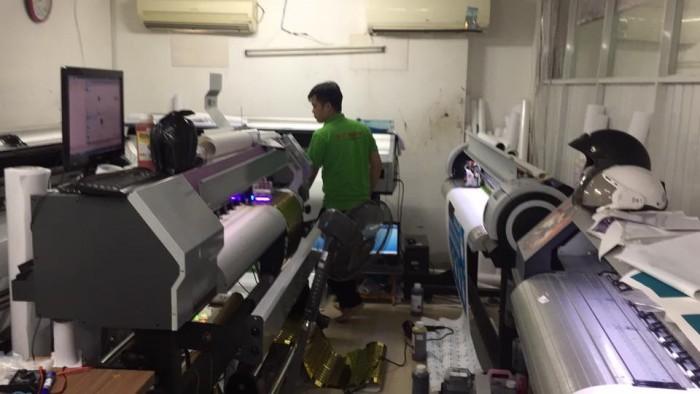 Máy in UV tại In Kỹ Thuật Số - chuyên in canvas cao cấp, in canvas chất lượng cao