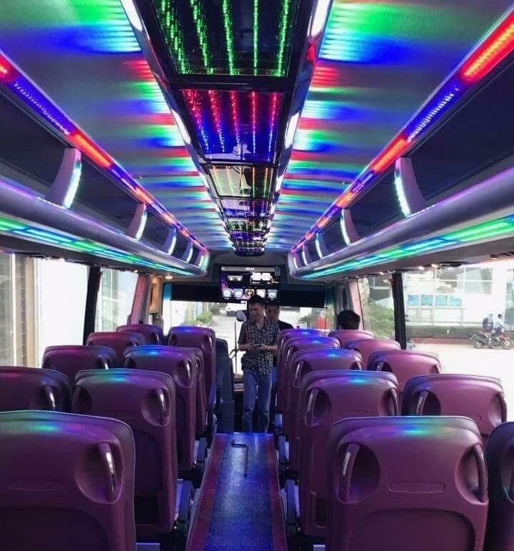 Khoang ghế ngồi giành cho hành khách trên xe