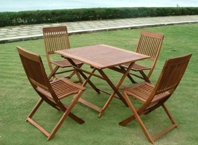 Kinh nghiệm chọn mua bàn ghế gỗ cafe trang trí nội thất