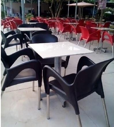 Nguyên tắc lựa chọn và bố trí bàn ghế quán cafe đẹp