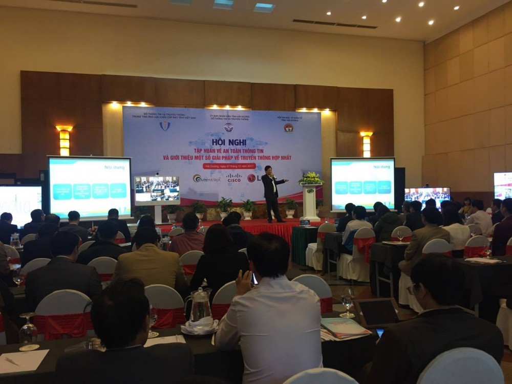 Một số hình ảnh tại Hội thảo tập huấn an toàn bảo mật thông tin và truyền thông hợp nhất