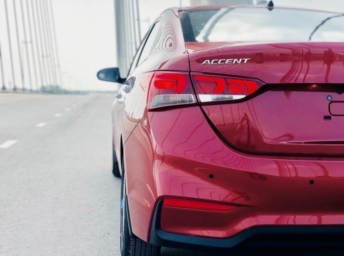 Giá xe Hyundai Accent 2018 mới nhất(2)