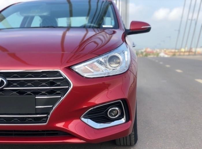 Giá xe Hyundai Accent 2018 lăn bánh
