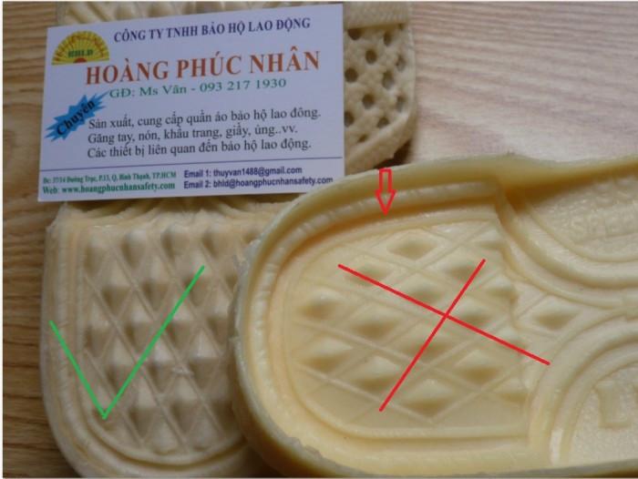 Kết cấu hình tổ ong dưới đế dép xịn