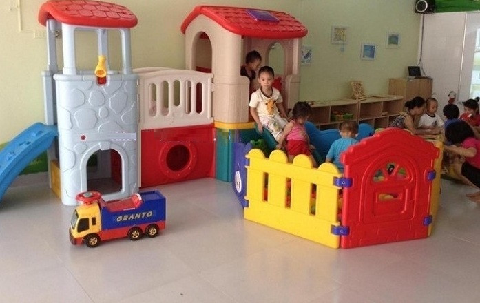 Lợi ích đồ chơi cầu trượt cho bé đối với sự phát triển của trẻ em