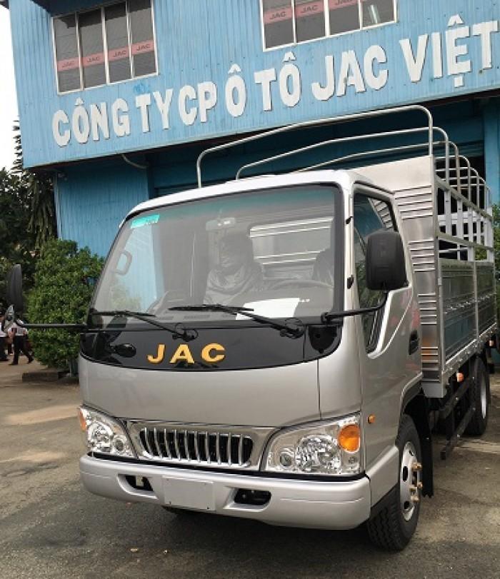 Đánh giá xe tải Jac 2.4 tấn - xe tải nhỏ giá rẻ tại Bình Dương(2)