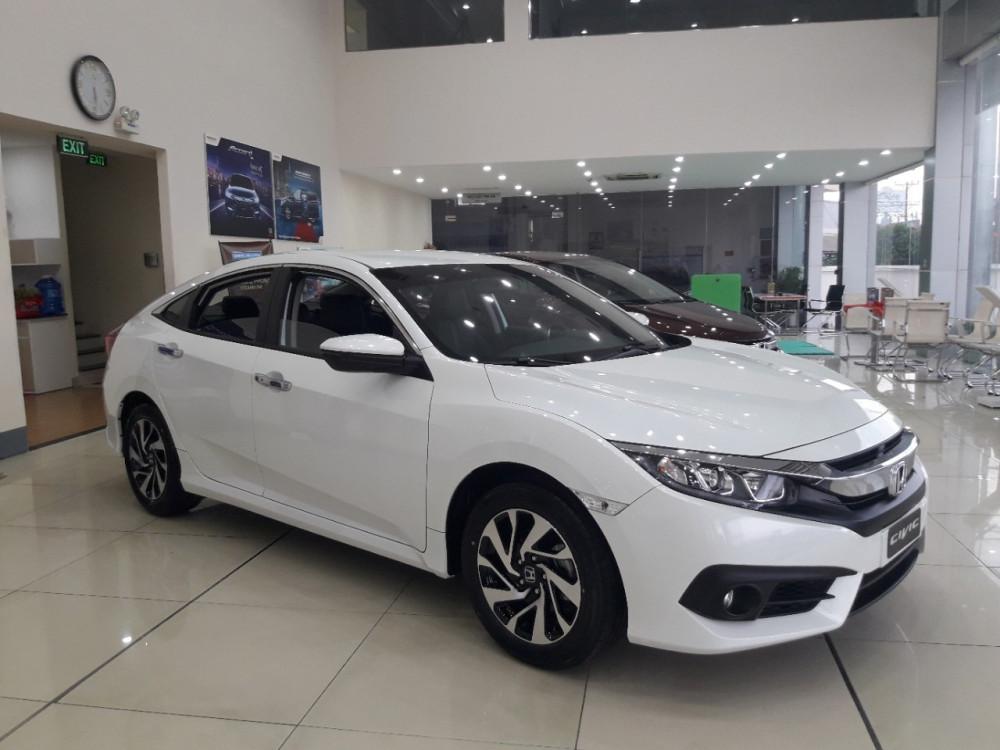 Honda Civic 1.8E 2018 nhập khẩu Thái La