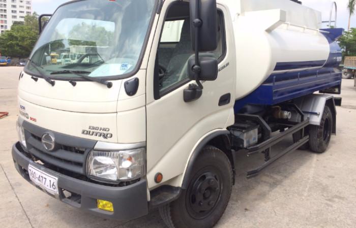 Lý do nên mua xe tải Hino chở xăng dầu 7 khối