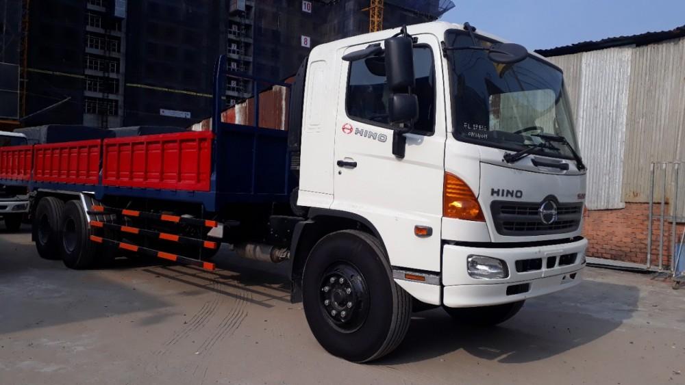 Mua xe tải Hino trả góp(1)