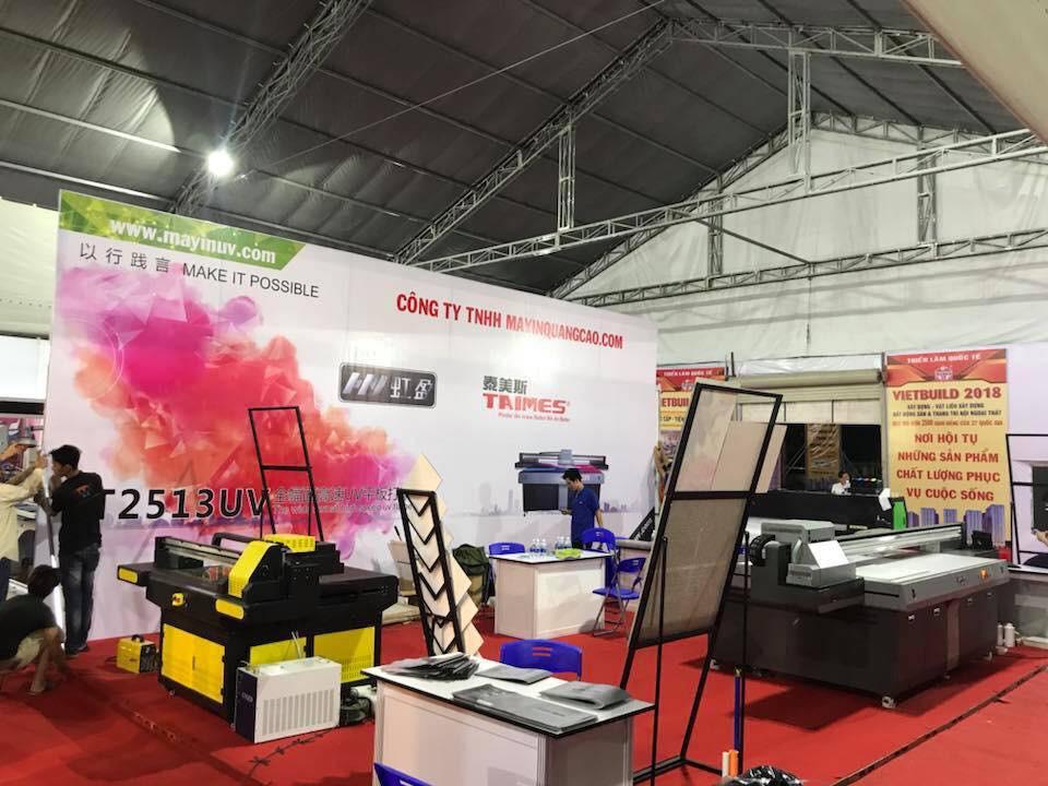 Gian hàng của công ty MayInQuangCao.com - Máy in UV tại Triển lãm Quốc tế Vietbuild TPHCM lần 1 năm 2018 (2)