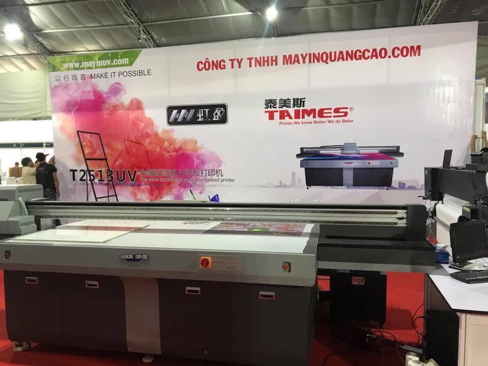 Gian hàng của công ty MayInQuangCao.com - Máy in UV tại Triển lãm Quốc tế Vietbuild TPHCM lần 1 năm 2018 (4)