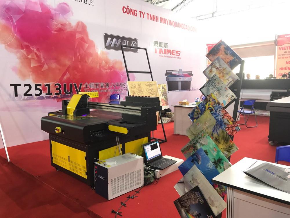 Gian hàng của công ty MayInQuangCao.com - Máy in UV tại Triển lãm Quốc tế Vietbuild TPHCM lần 1 năm 2018 (5)