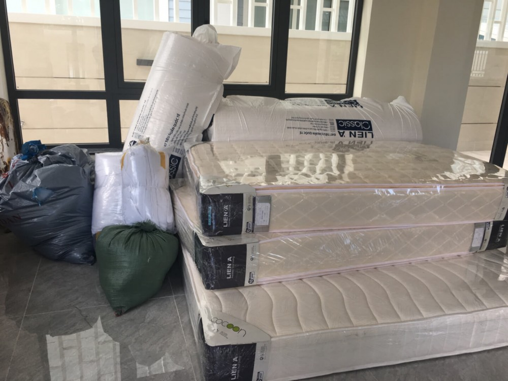 Hình ảnhNội Thất Thiên Ân vận chuyển nệm chuẩn bị giao cho khách(5)