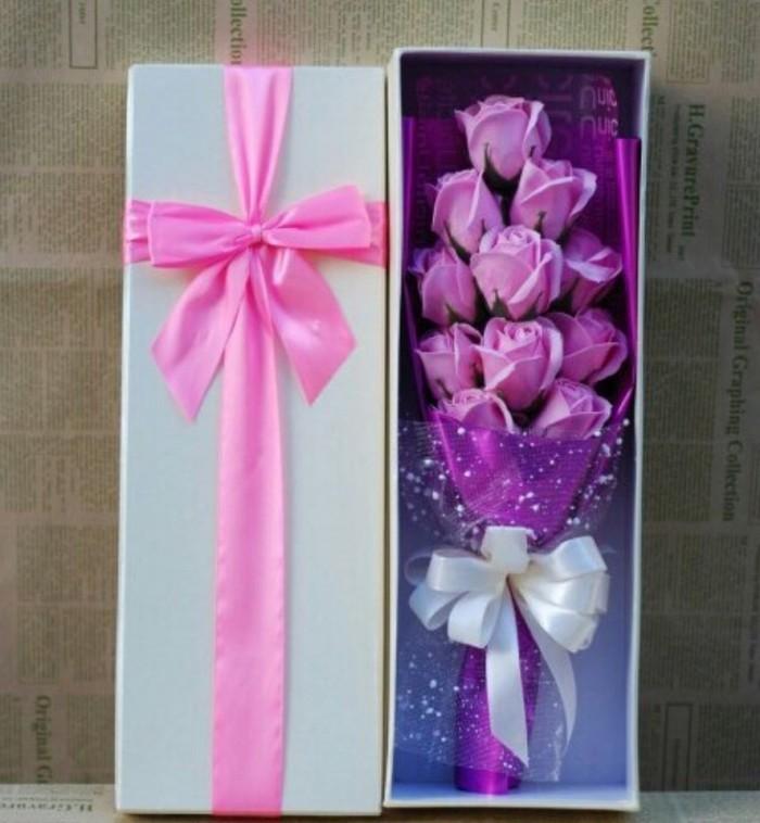 Lưu ý khi mua hoa hồng sáp giá rẻ(1)