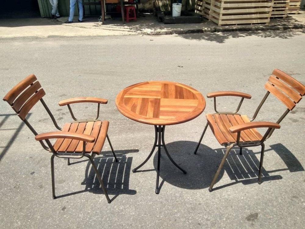 Thiết kế và ưu điểm nổi bật của bộ bàn ghế fansipan(2)
