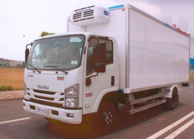 Xe tải thùng đông lạnh Isuzu