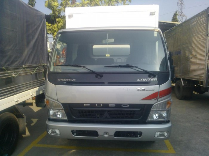 Xe tải thùng đông lạnh Mitsubishi Fuso