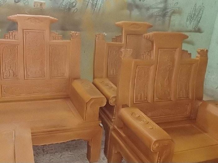Mẫu bàn ghế gỗ phòng khách được ưa chuộng hiện nay