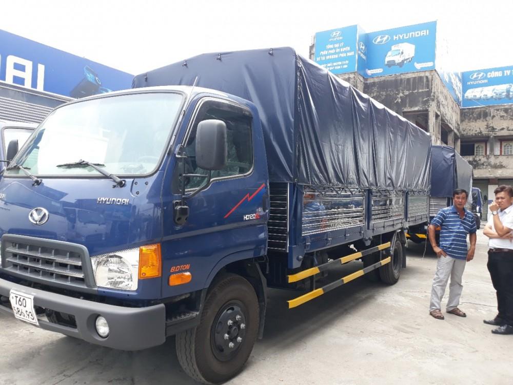 Mua Xe Tải Hyundai HD120S 8.15 tấn tặng ngay 100 lít dầu, khuyến mãi trước bạ, bảo hiểm thân xe