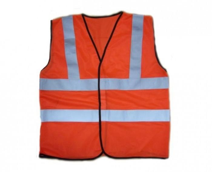 Có nên may gia công đồng phục giá rẻ?