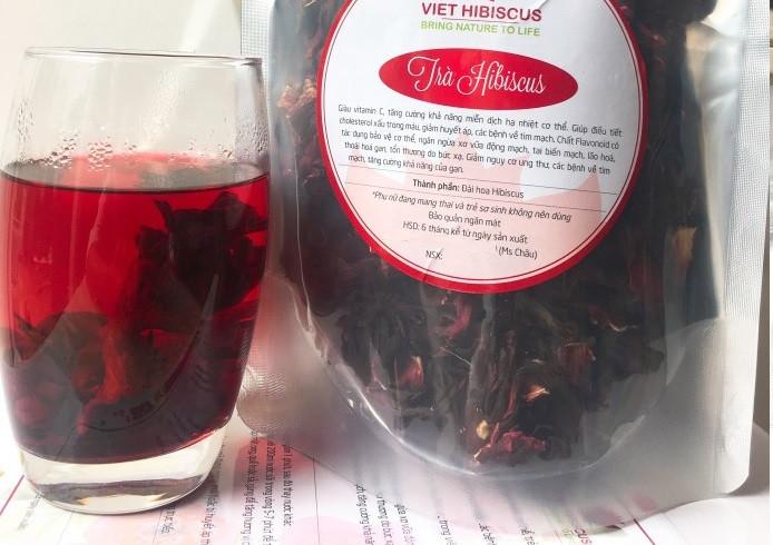 Cách pha một tách trà ngon từ Atiso đỏ khô