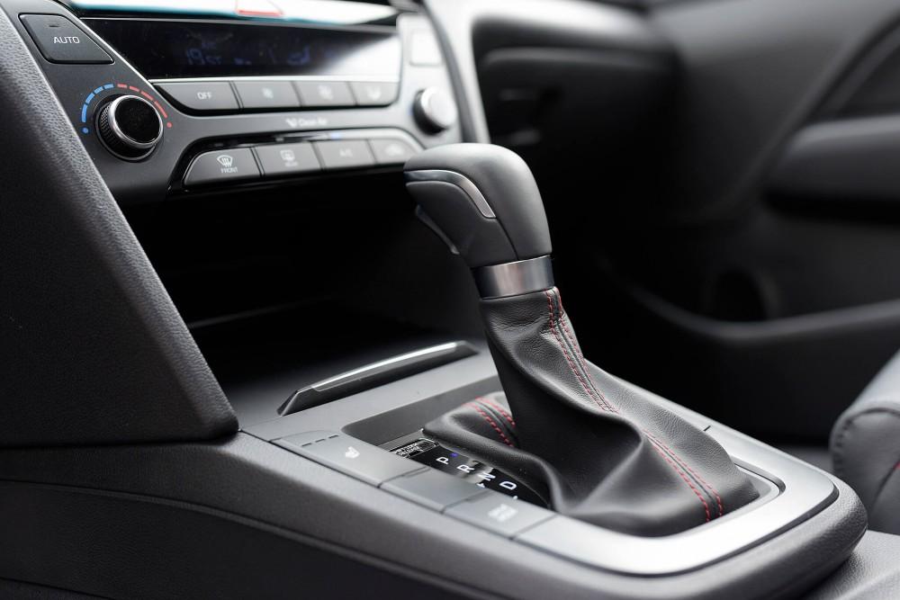 Hyundai Elantra Sport 2018 có gì mới ?(4)