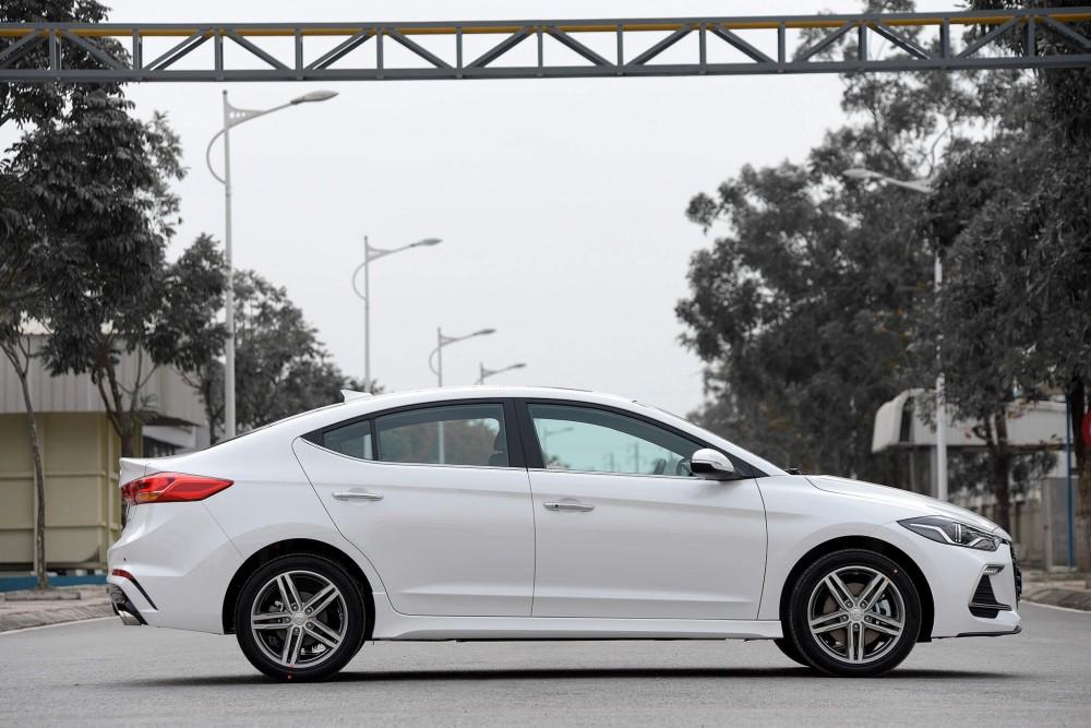 Hyundai Elantra Sport 2018 có gì mới ?(2)