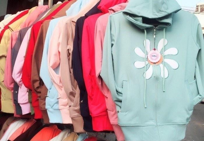 Mẫu áo khoác nữ hot nhất hiện nay(3)