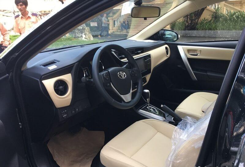 Đánh giá xe Toyota Altis 2018