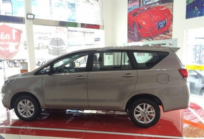 Thông số kỹ thuật Toyota Innova 2018