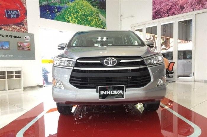 Giá Toyota Innova 2018