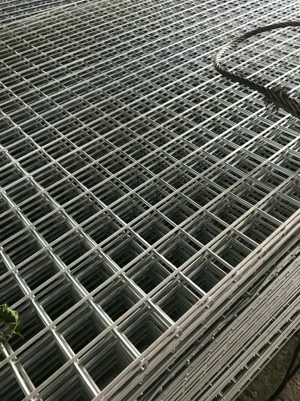 Ưu điểm của lưới thép hàn D4 :