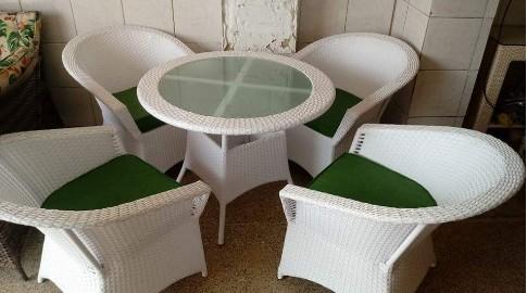 Những ưu điểm nổi bật của bàn ghế nhựa giả mây là gì?(1)