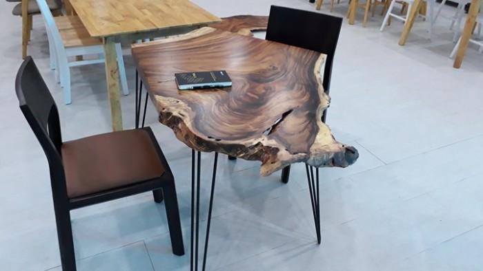 Mẫu mặt bàn gỗ nguyên tấm đẹp