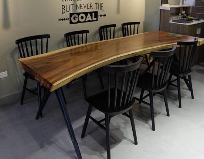 Một mẫu mặt bàn ghế gỗ nguyên tấm