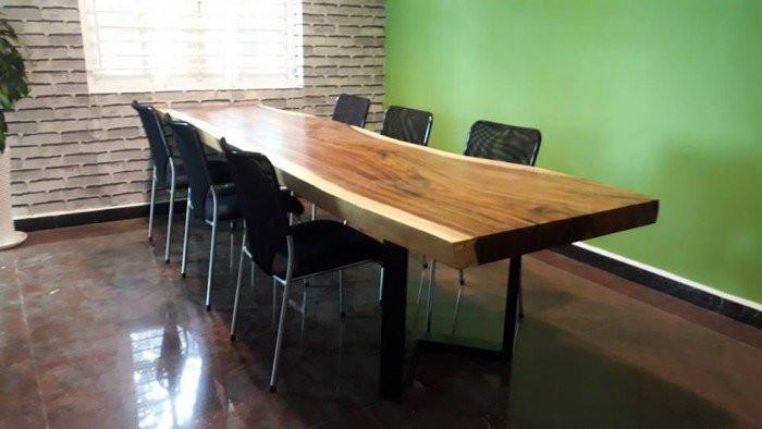 Một mẫu mặt bàn ghế gỗ nguyên tấm(1)