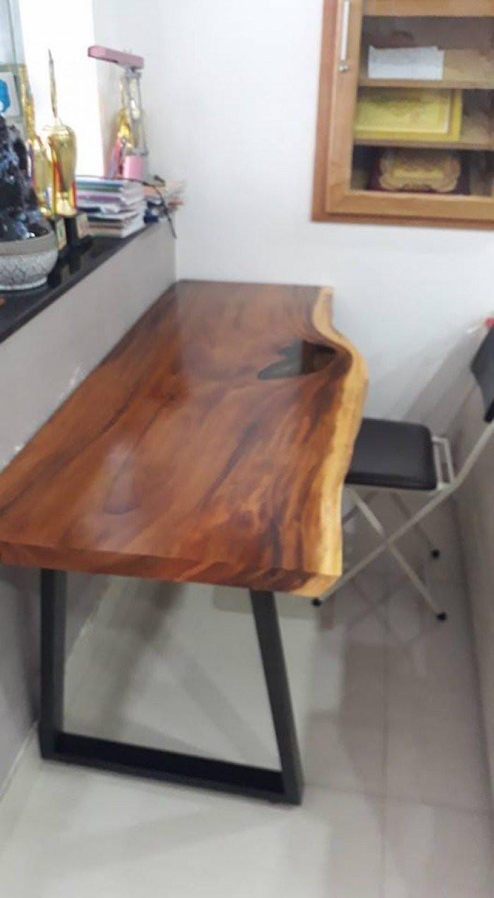 Cách phân biệt mặt bàn gỗ nguyên tấm làm từ gỗ me tây thật giả(1)