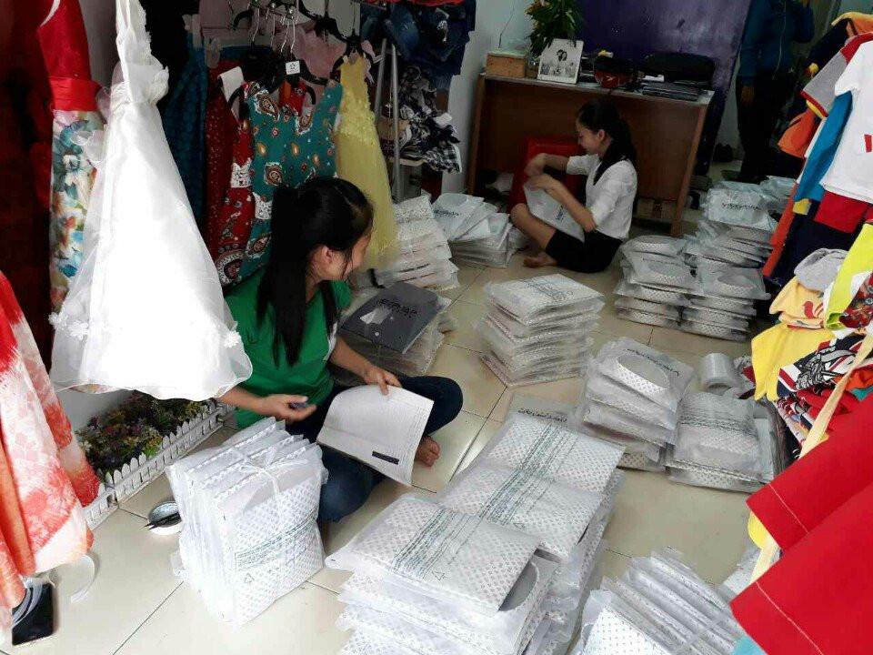 Công ty may áo sơ mi nam đồng phục giá rẻ tại Bình Tân, TPHCM 1