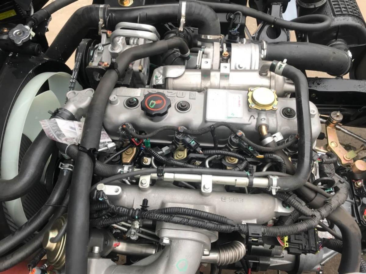 Đánh giá động cơ xe tải iz65: động cơ mới, tiêu chuẩn khí thải mới