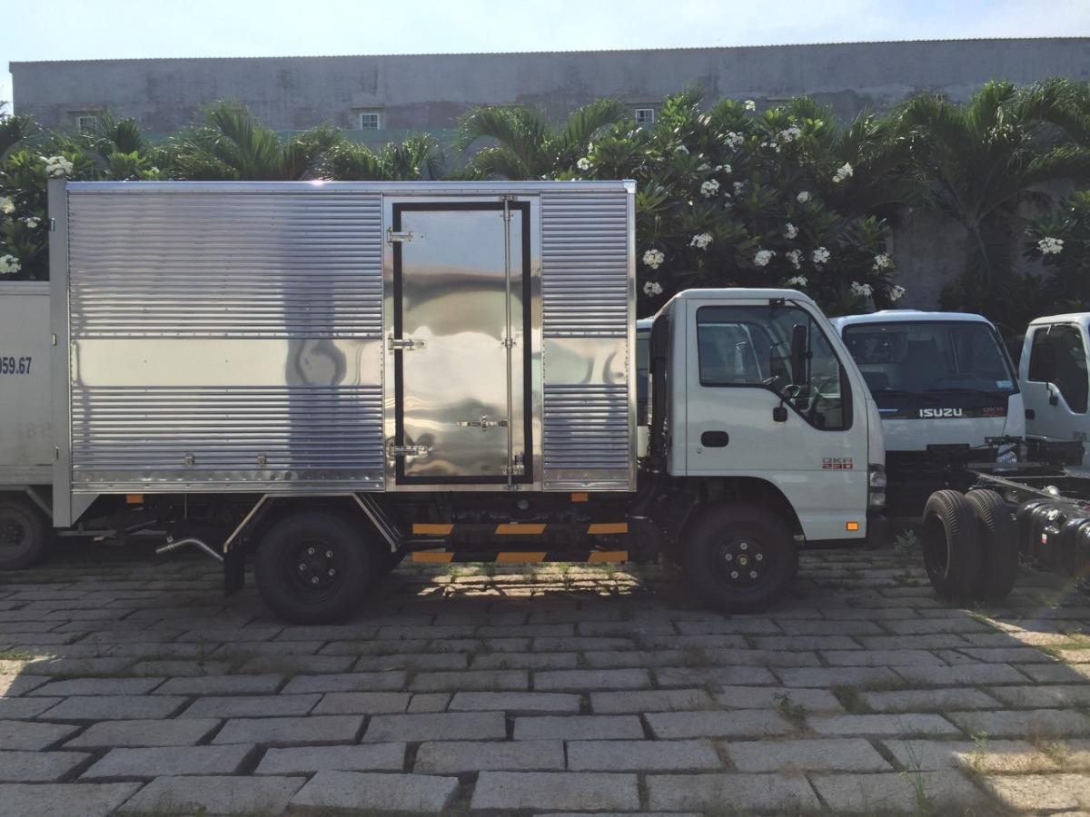 Lý do nên mua xe tải Isuzu 1T9 Thùng Kín thùng dài 4m4