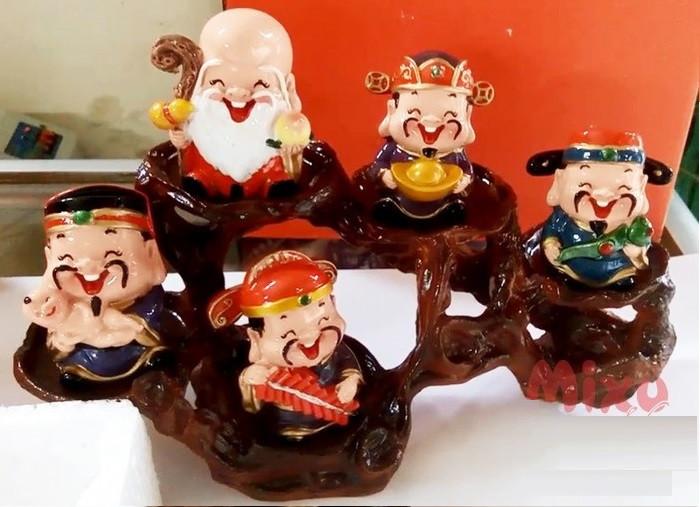 """Bộ tượng 5 ông thần tài ngộ nghĩnh trang trí ô tô, bàn làm việc """"đốn tim"""" giới trẻ Sài Gòn(2)"""