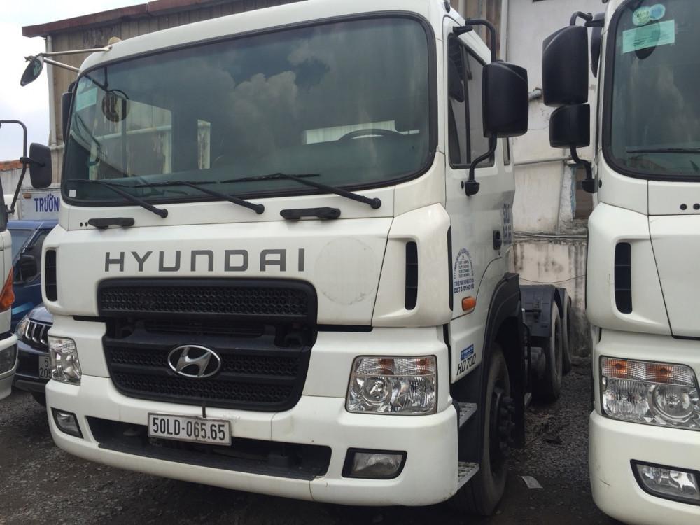 Hyundai H700